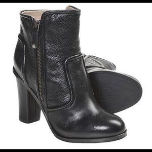 Frye Sylvia piping boot